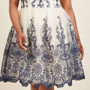 Chi chi London navy/white Embroidered tulle skirt